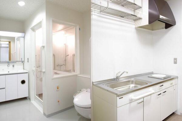 ユニットシャワー/キッチン